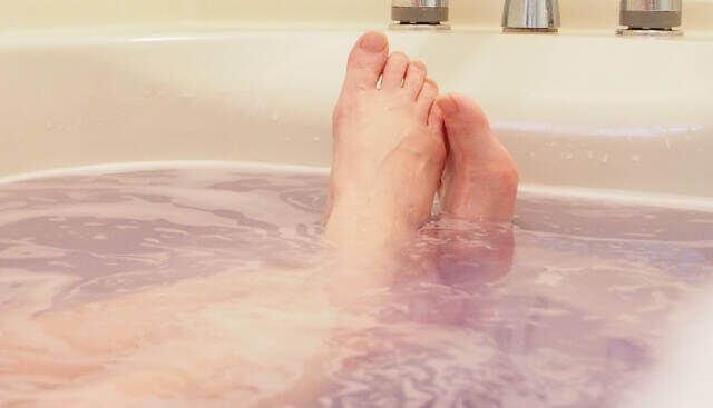 半身浴が趣味!お風呂でリラックスする時間でダイエット効果もデトックスも!