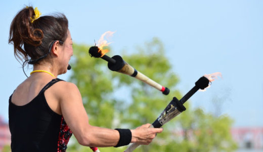 ジャグリングのやり方とコツは?道具揃えて練習して趣味で楽しむ