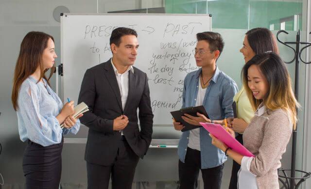 ビジネス英会話とは?日常英会話と何が違うのか?