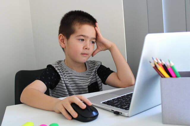 オンライン英会話は子供向けにも効果ある?