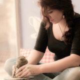 陶芸を趣味に!自宅で陶芸キットか陶芸教室で体験かで始める芸術的趣味